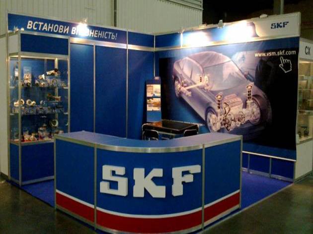 Стенд и большой стол-ресепшен из профиля, 2011